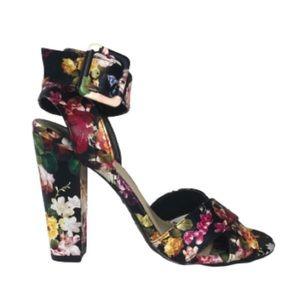 Senza Bamboo Floral Block Heel Sandal 8.5